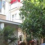 № 14. Крым, Ялта - Гостевой дом на ул. Коммунаров