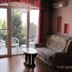 № 98 Крым, Алушта - гостевой дом в Алуште, ул. 15 апреля.