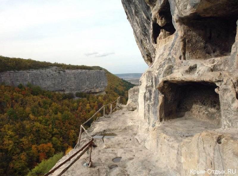 Челтер-Коба, мужской монастырь