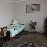 №1117.Крым,Коктебель-квартира,пер.Долинный , 5, 990 руб.