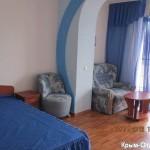№ 612 Крым, Алушта - отель по ул. 15 апреля